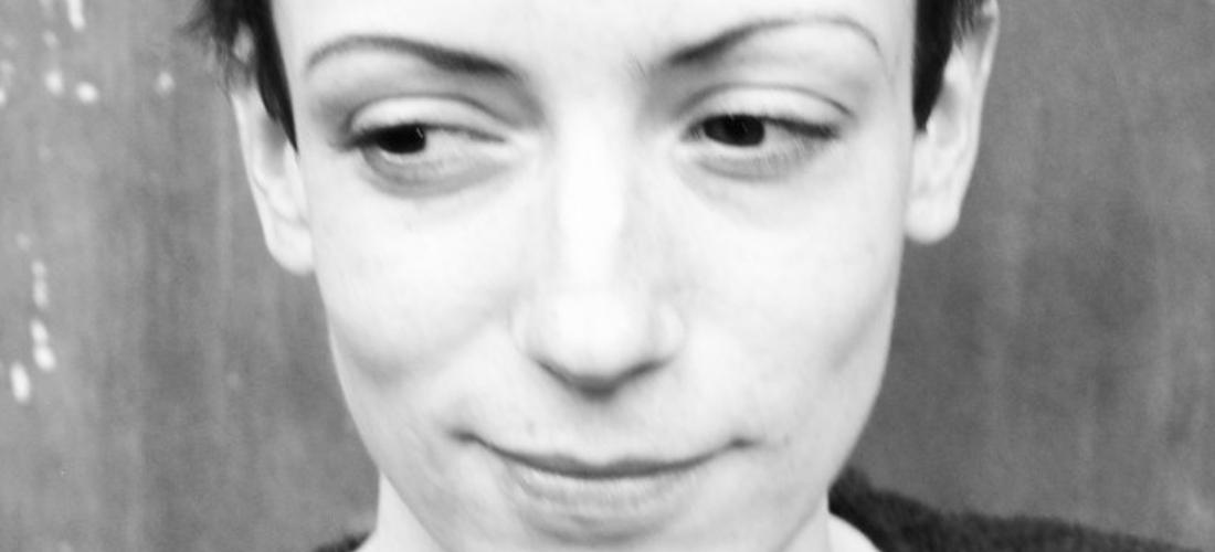 Das Foto zeigt ein Porträt von Katharina Kellermann.
