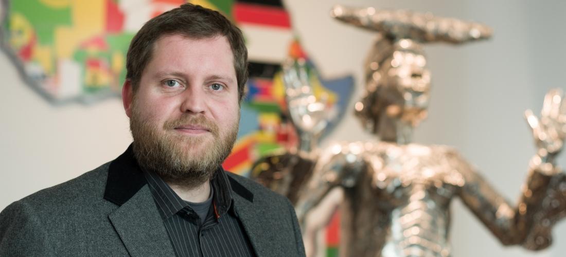 Das Foto zeigt ein Porträt des Historikers Christian Jarling.