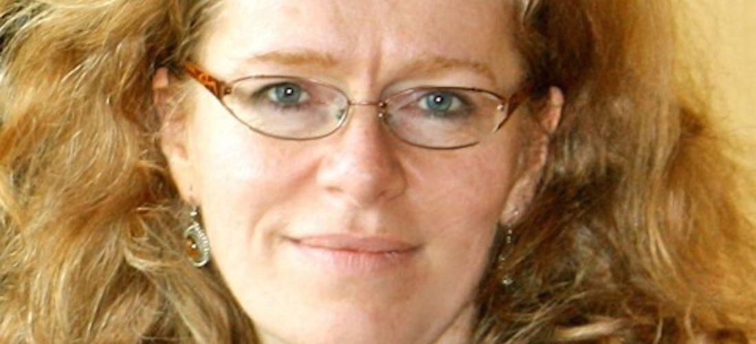 Das Foto zeigt ein Porträt von Elina Marmer.