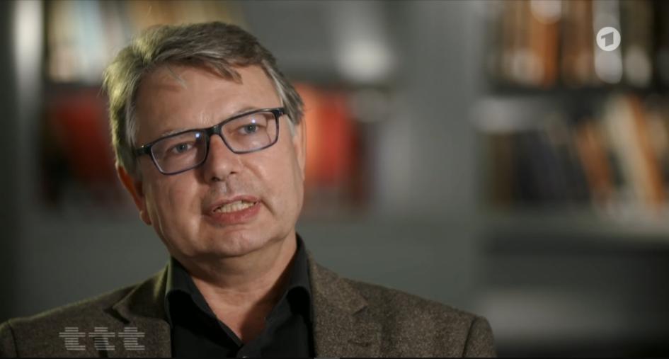 Prof. Dr. Jürgen Zimmerer im Interview mit Titel, Thesen, Temparente (ARD) (Screenshot)