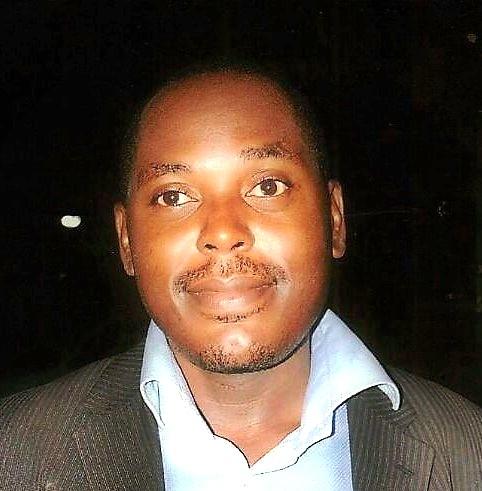 Das Foto zeigt ein Porträt von Victor Akwa Dicka.