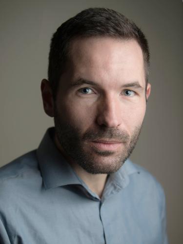 Das Foto zeigt ein Porträt des Historikers Jonas Ehrsam.